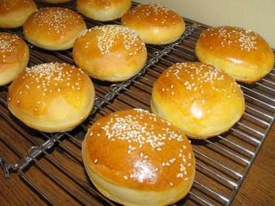 Как да приготвим хлебчета за хамбургери
