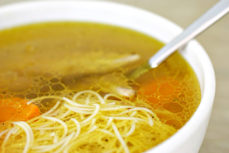 Пилешка супа с бистър бульон