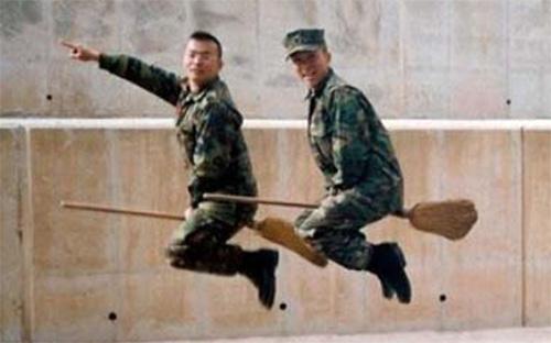 Вицове за военни