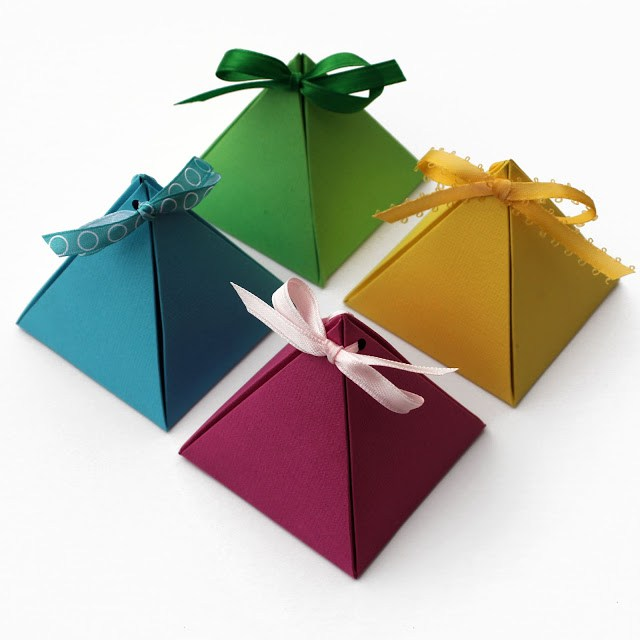Как да направим кутия за подаръци
