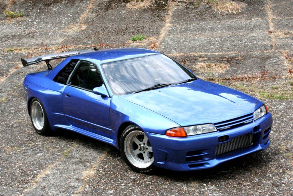 Nissan-Skyline-r32