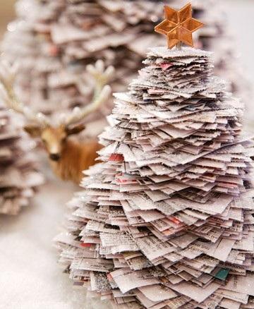 Коледна елха от вестник