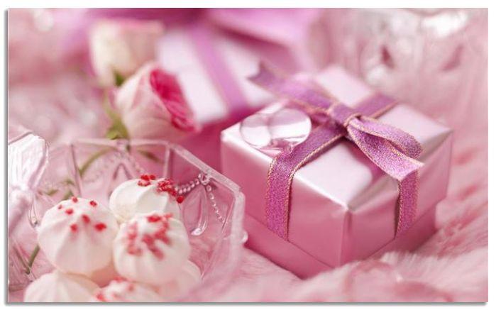 Картинки за рождени дни с подарък
